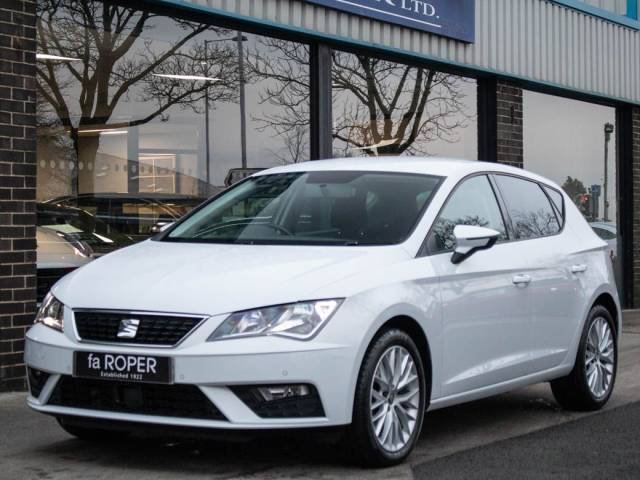 SEAT Leon 1.0 TSI SE Dynamic 115ps Hatchback Petrol White at fa Roper Ltd Bradford
